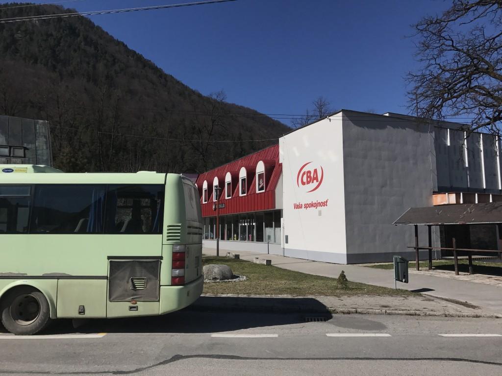 autobusová zastávka Ľubochňa